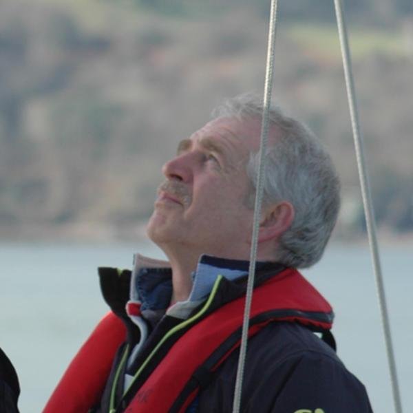 sailing adventures for teenagers, sailing up the Thames